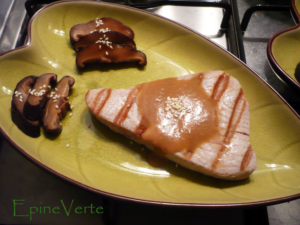 Steak de thon grill sauce au miso et shiitak s brais s inspiration japon miamitudes - Recette steak de thon grille ...